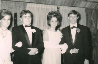 (left to right) Carol Smith,   B. W. Stevenson, Mike's date, Mike Gentry